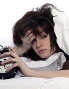 Cách chữa mất ngủ hiệu quả với hỗn hợp 4 loại tinh dầu.
